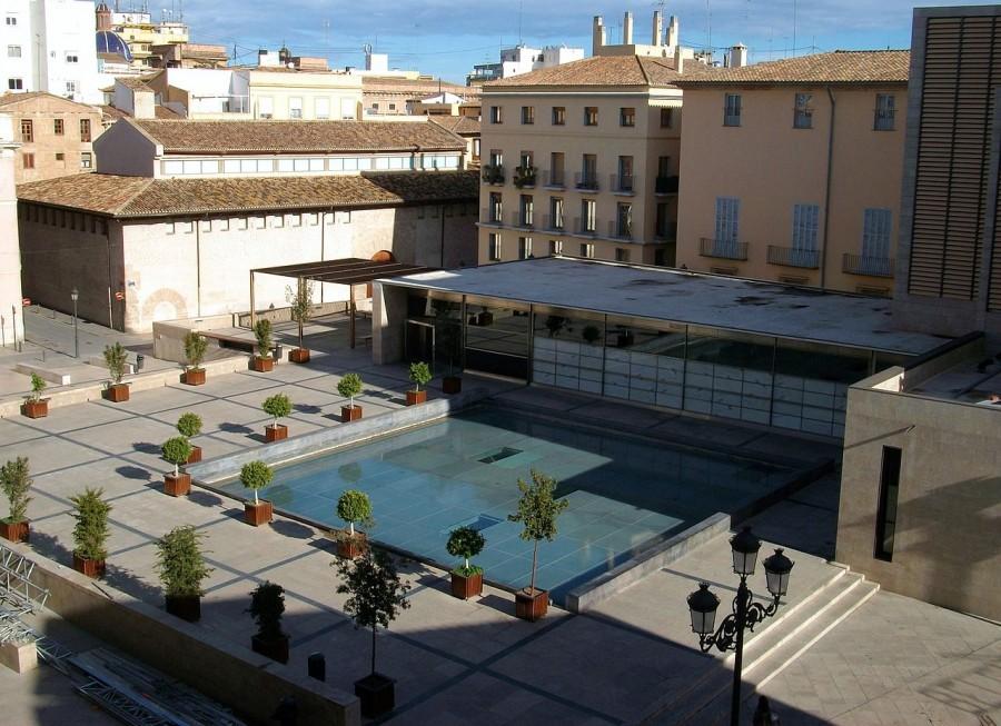 Plaza de la Almoina - Valencia