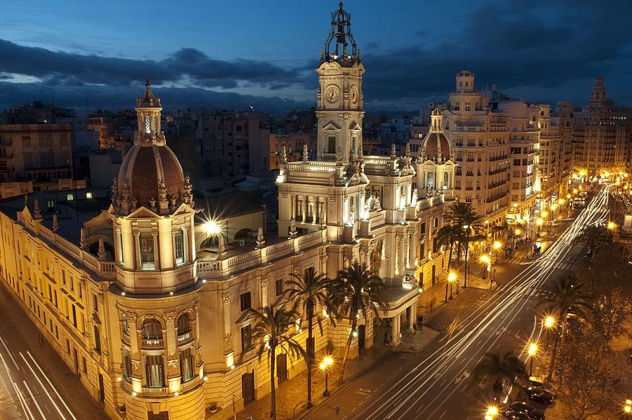 Ayuntamiento de Valencia, Plaza del Ayuntamiento